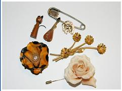 ASSORTED JEWELLERY CIRCA 1950,1960,1970